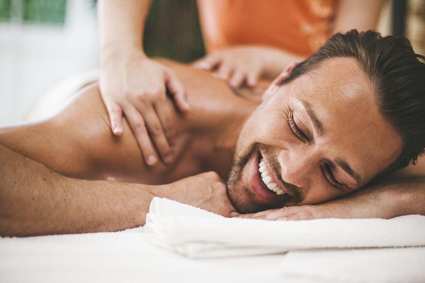 Мужской холистический массаж в Твери: цены от 3 300 руб. | салон Family Lab